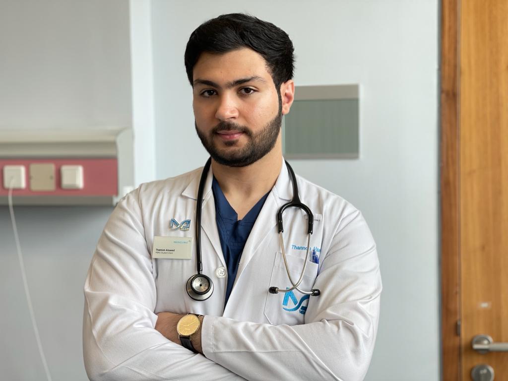 ثانون جاهزٌ الآن لتحقيق حلمه في أن يصبح طبيبًا